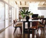 Eames plywood chairs in dining space