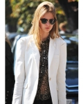 Street Style: A well fitted blazer & printed blouse