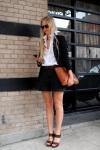 Street Style: Bermuda shorts, blazer & camel wallet purse