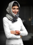 Giovanna Battaglia: White dress & scarf look